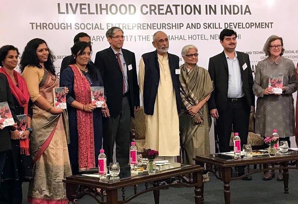 Craftizen Foundation won a social innovation grant from Harvard University's South Asia Institute and Tata Trusts and was featured in their research publication on Livelihood Creation in India, February 2017