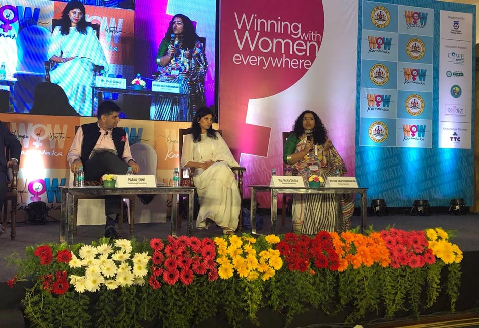 Craftizen's founder on the Panel Discussion: Women in Textiles & Handicrafts at the Women of Worth (WOW) event organised by the Government of Karnataka, March 2018.